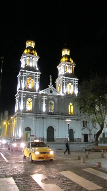 Cuenca – koloniale Stadt im SüdenEcuadors